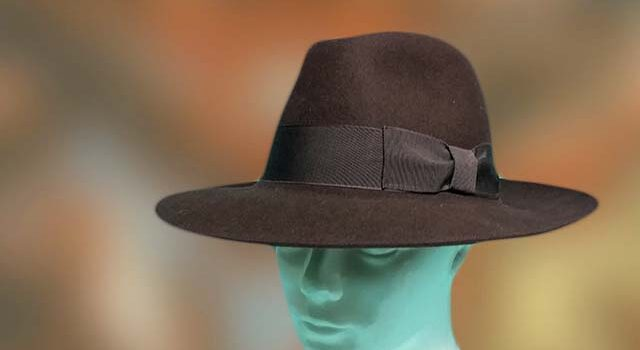 Barna elegáns férfi kalap - Kalapszalon kalapok sapkák nagy ... 29a7006d08