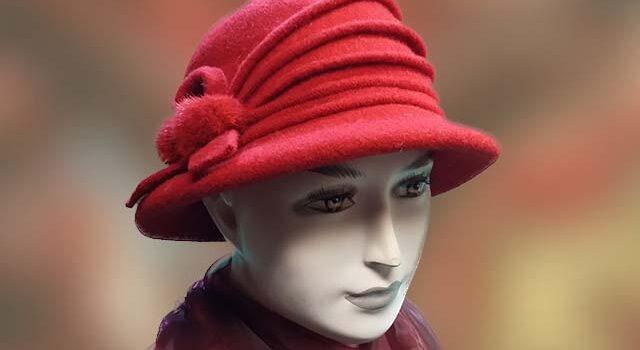 Női sapka piros - Kalapszalon kalapok sapkák nagy választékban Budapest 4de11360af